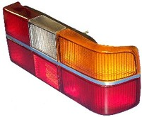 Volvo sedan 242, 262, 264, Tail light assembly with six light panels for Chrome Center Molding, Left side/Driver side 1234677