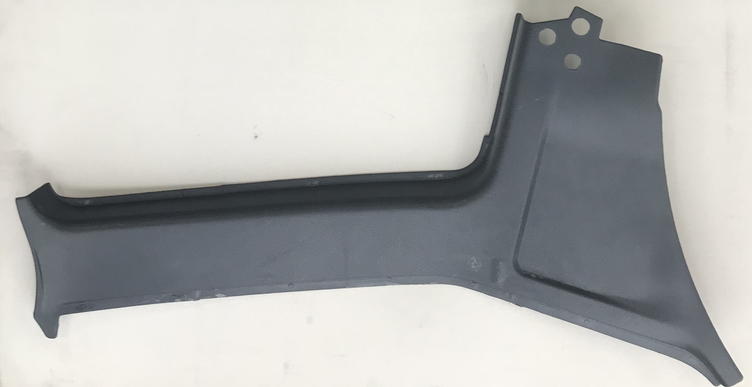1364025 Volvo 240 Wagon Interior Door Post C Pillar Cover